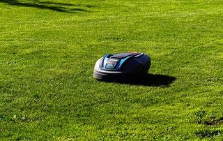 Robotic-lawnmowers