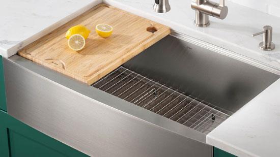 Clean-Apron-kitchen-sink