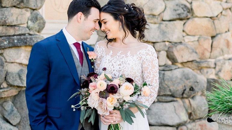 Florist Benefits Choose Wedding Flowers