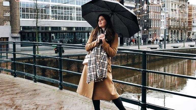 Rainy Day Outfit While Traveling